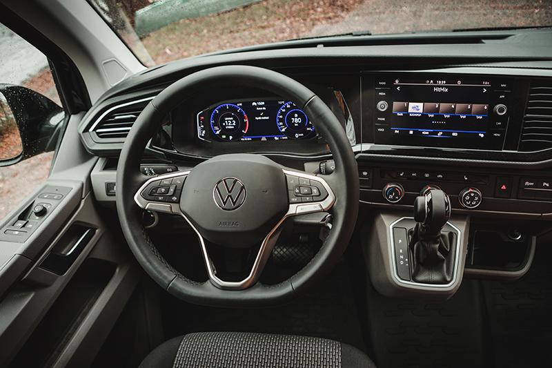 Volkswagen GTX punainen