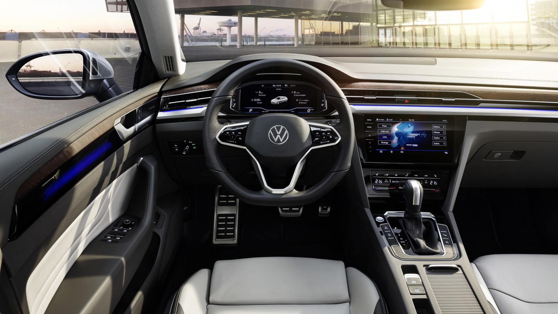 VW arteon sisätilat jyväskylä